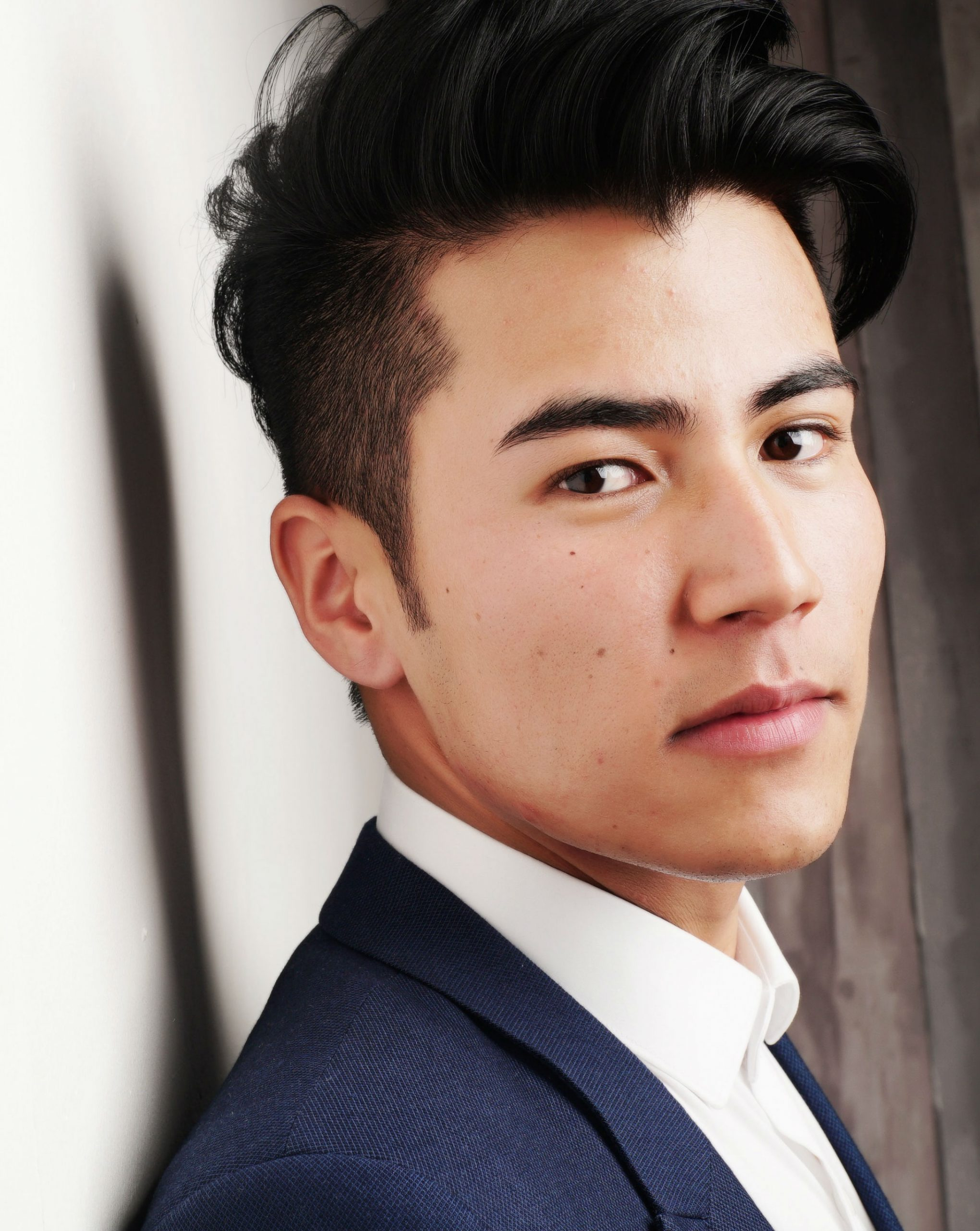 Hair rejuvenation services on asian male
